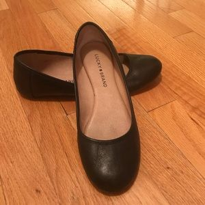 Women's Lucky Brand Black Flat Shoes Size 7.5